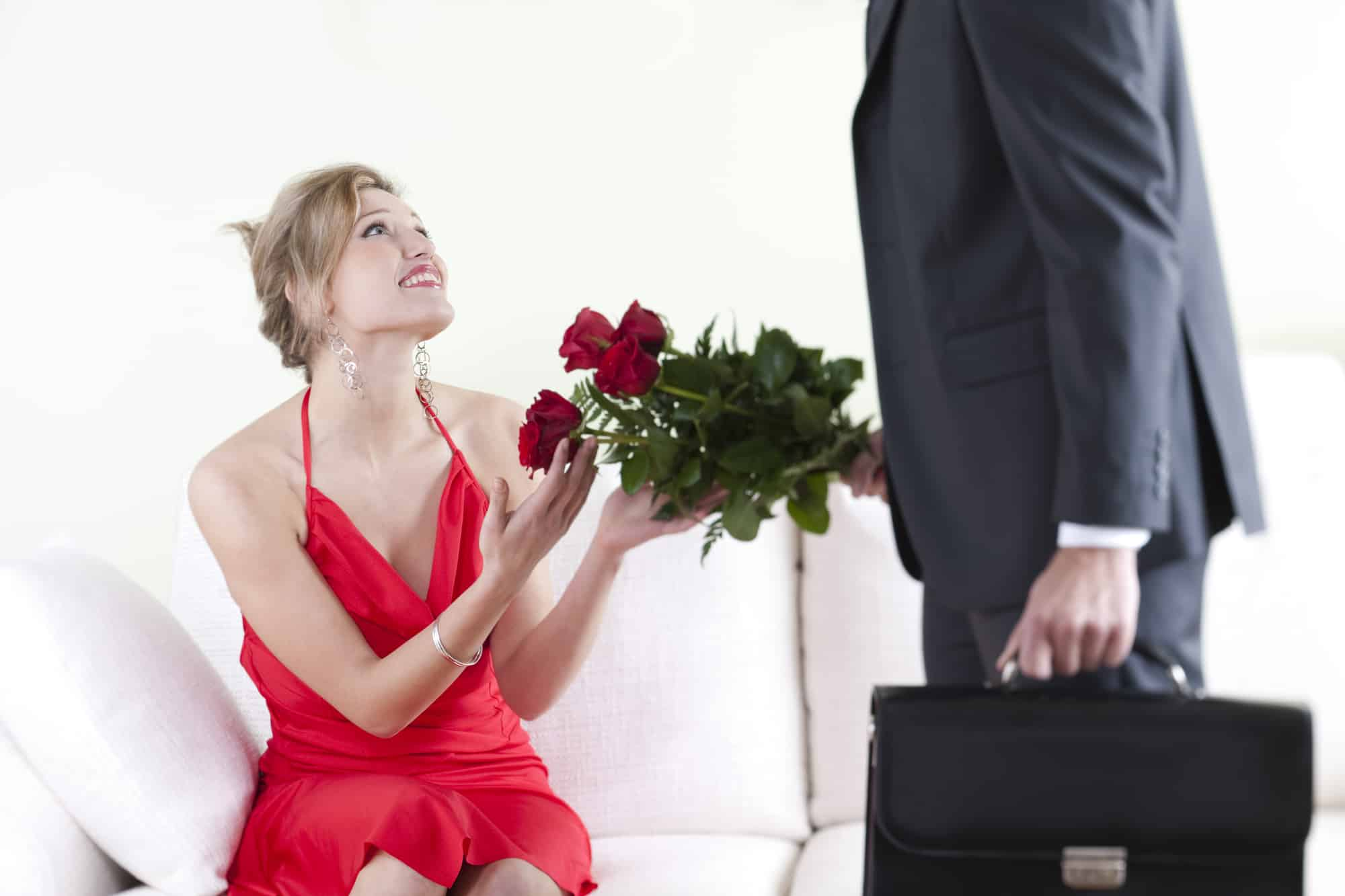 When Will He Propose? (10 Signs To Look For) - AskApril