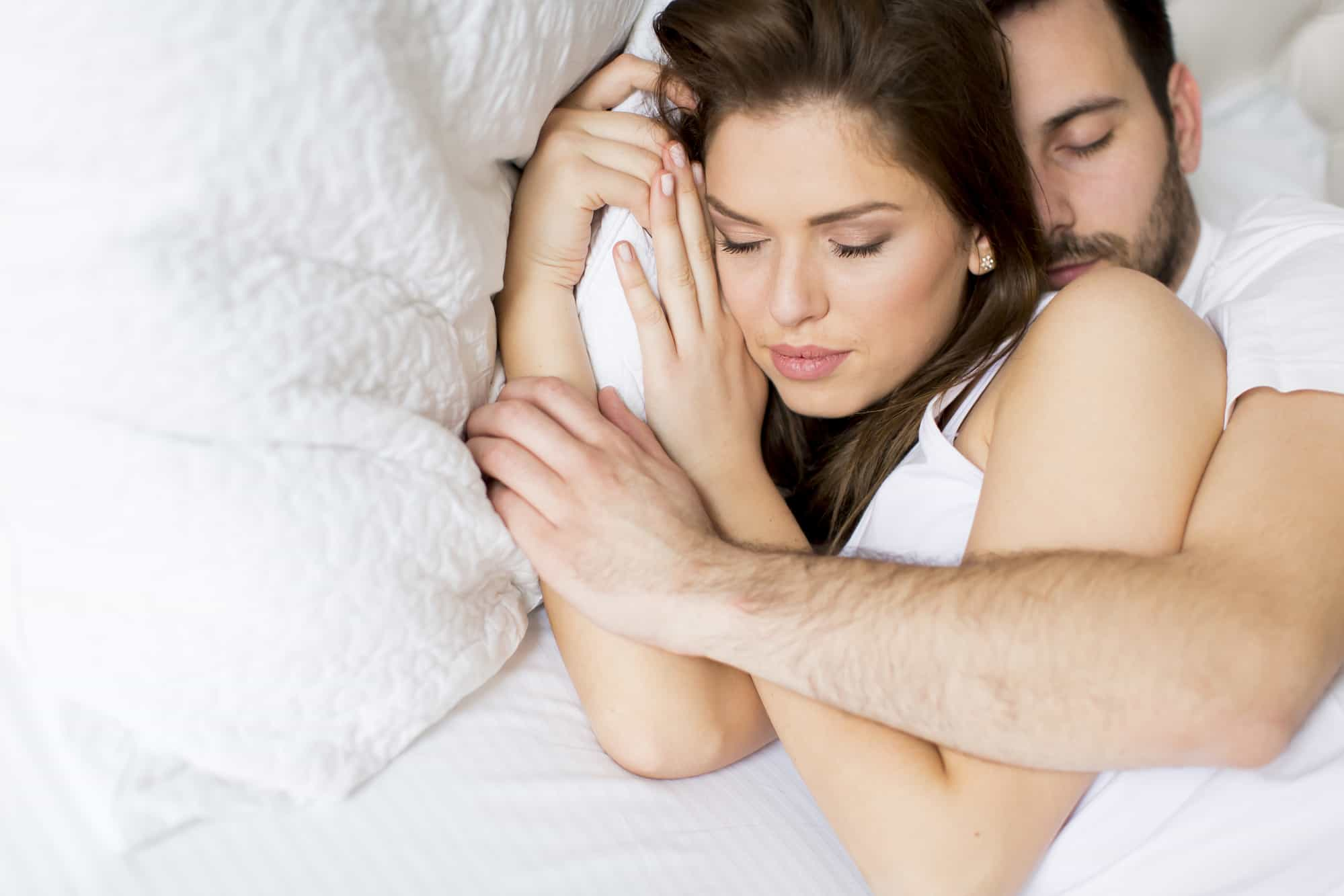 What do couples sleeping positions mean