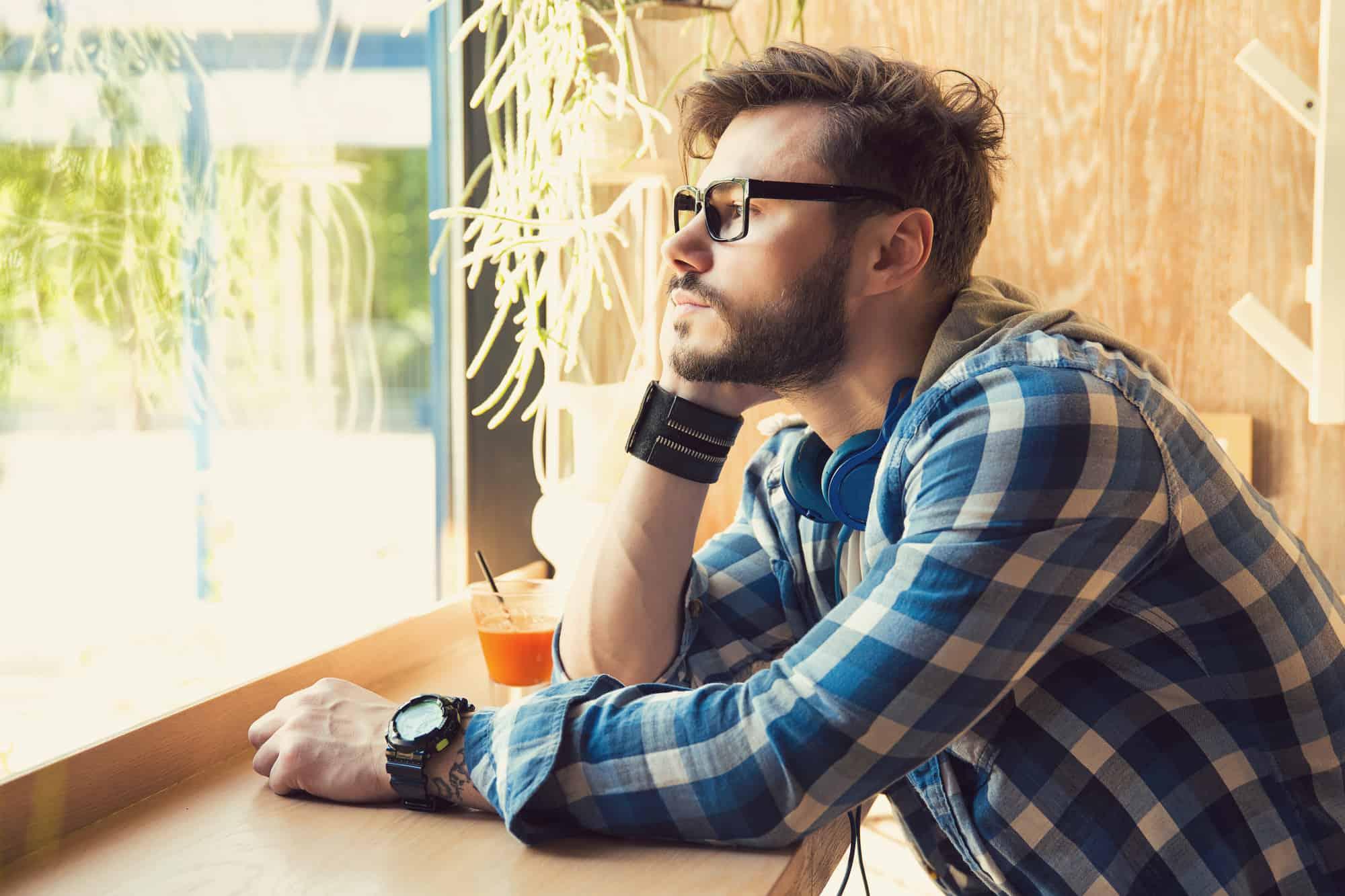 Introvert Dating (7+ Exceptional Ways) - AskApril