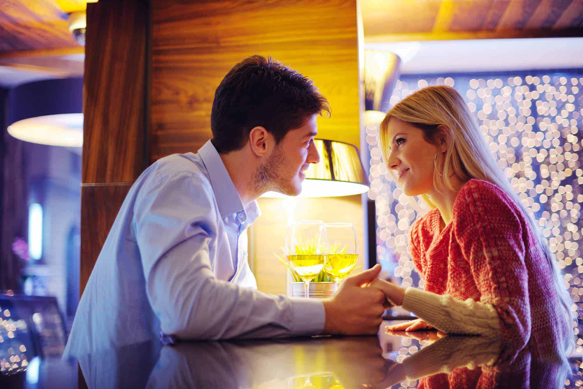 What To Do After First Date (3 Actionable Things) - AskApril